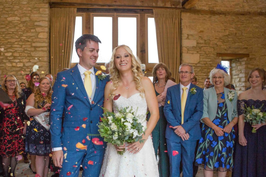 Caswell House, Oxfordshire, Bride Groom Guests Confetti