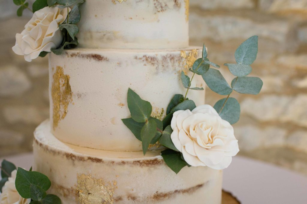 Caswell House, Oxfordshire, Cake White Rose